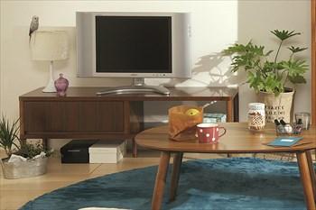 家具のサイズや設置場所のスペースを確認する